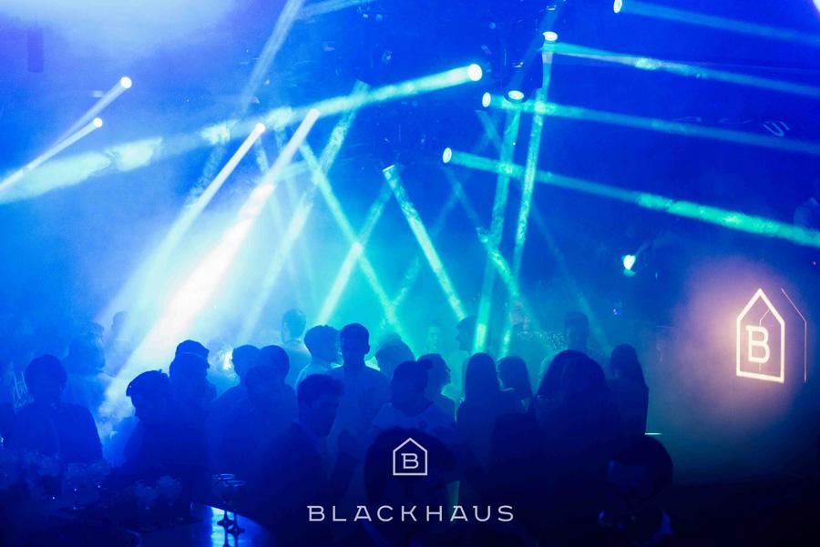 the-cruiser-blackhaus-4