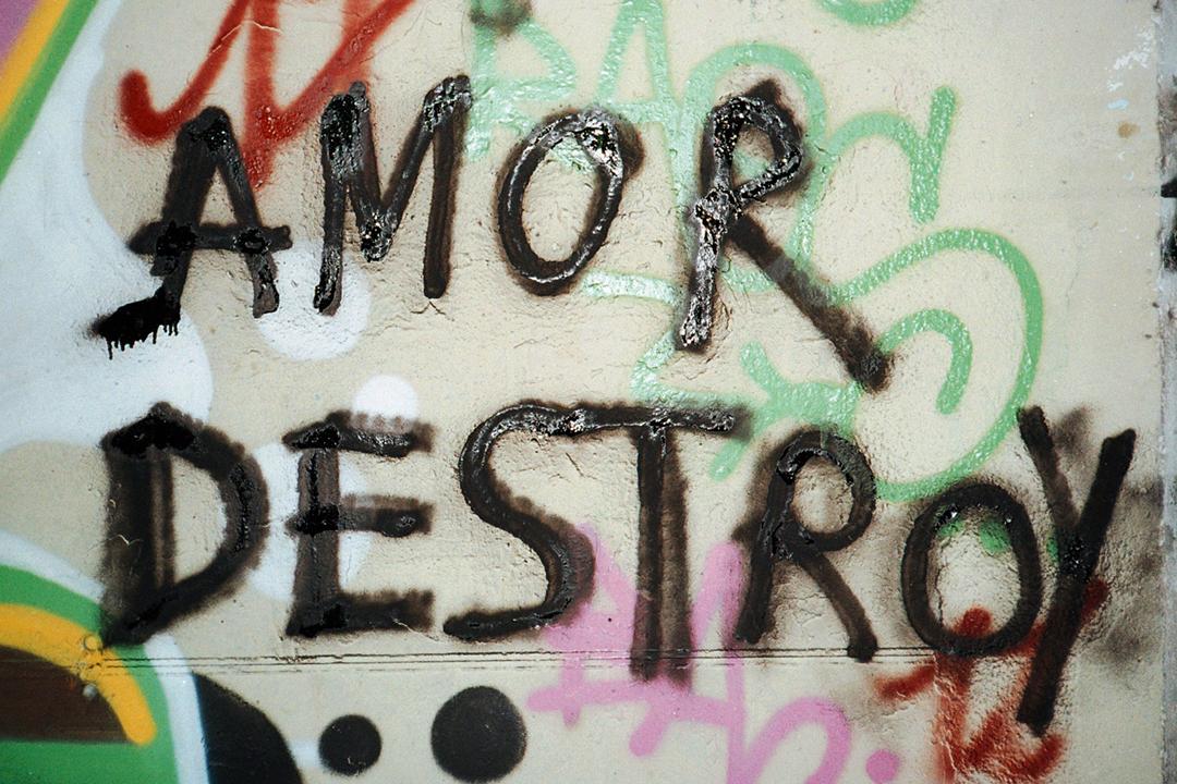 amor-destroy-laia-villanueva-shit-magazine-014
